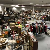 collectibles at flea market in winter haven